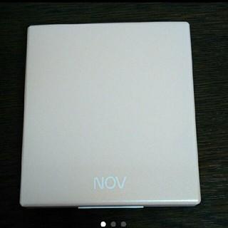 ノブ(NOV)のノブ プレストパウダー ケース(フェイスパウダー)