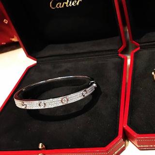 カルティエ(Cartier)のラブブレスフルダイヤ 3枚目(ブレスレット)