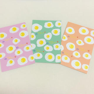 目玉焼き 卵 たまご かわいい 人気 ポップ  インテリア ハガキ ポストカード(カード/レター/ラッピング)