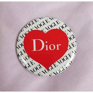 ディオール(Dior)のVOGUE JAPAN×Dior  コラボ缶バッジ(その他)