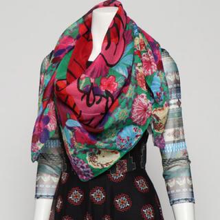 デシグアル(DESIGUAL)の新品✨タグ付き♪ デシグアル ストール スカーフ グリーン系  大特価‼️(バンダナ/スカーフ)