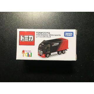 バンダイ(BANDAI)のTCNオリジナル YOKOHAMA Motorsports レーシングトラック(ミニカー)
