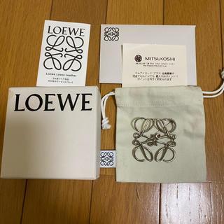 ロエベ(LOEWE)のLOEWE ブローチ(ブローチ/コサージュ)