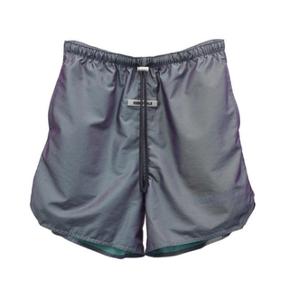 フィアオブゴッド(FEAR OF GOD)のXS Essentials Iridescent Nylon Shorts(ショートパンツ)