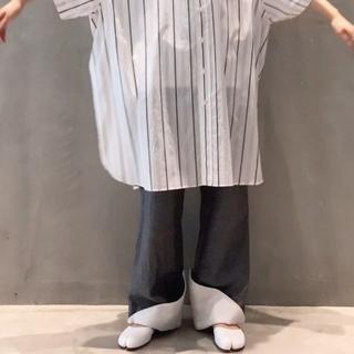 ジェイダブリューアンダーソン(J.W.ANDERSON)のsoduk(スドーク) cuff trousers 折り返しパンツ(カジュアルパンツ)