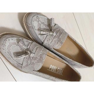 プールサイド(POOL SIDE)のプールサイド パイソン タッセル (ローファー/革靴)