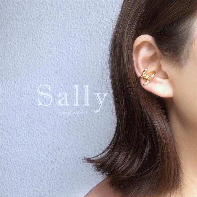 TODAYFUL(トゥデイフル)の再販【ゴールド】シングル クロスイヤーカフ《片耳用》 レディースのアクセサリー(イヤーカフ)の商品写真