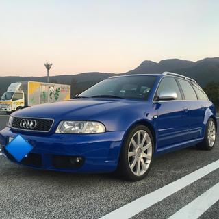 AUDI - アウディ Audi RS4    320万円