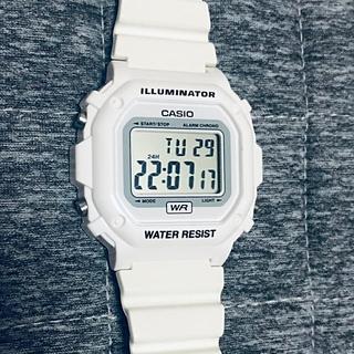 カシオ(CASIO)のCASIO  カシオ 腕時計 デジタル ホワイト(腕時計(デジタル))