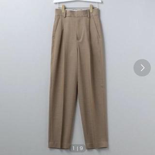 ビューティアンドユースユナイテッドアローズ(BEAUTY&YOUTH UNITED ARROWS)のroku 6 tuck pants ベージュ (カジュアルパンツ)