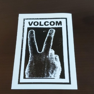 ボルコム(volcom)の(縦9.5cm横6.8cm)VOLCOM ステッカー(その他)