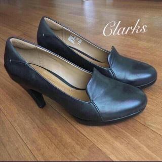 クラークス(Clarks)の送料込み☆クラークスのパンプス☆日本未発売☆ヒール(ハイヒール/パンプス)