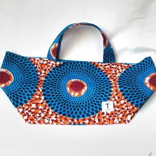 ライトブルー アフリカ布 弁当サイズのエコバッグ バオバブ神戸 ハンドメイド(エコバッグ)