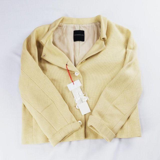 TOMORROWLAND(トゥモローランド)の未使用品 TOMORROWLAND トゥモローランド セットアップスーツ レディースのフォーマル/ドレス(スーツ)の商品写真