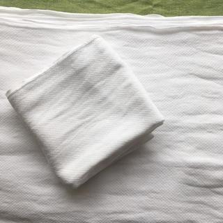ニシマツヤ(西松屋)の布おむつ+おむつカバー一点おまけ(布おむつ)