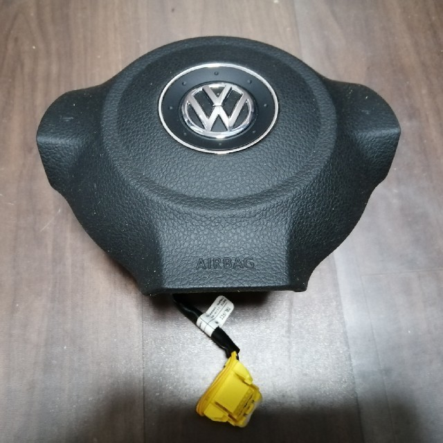 Volkswagen(フォルクスワーゲン)のVW GOLF エアーバッグ ジャンク 自動車/バイクの自動車(車種別パーツ)の商品写真