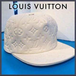 LOUIS VUITTON - ⚠️限定価格⚠️【LOUIS VUITTON】モノグラムエンボスキャップ