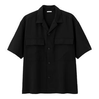 ジーユー(GU)の【新品】GU ドライダブルポケットオープンカラーシャツ(5分袖)09 BLACK(シャツ)