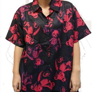 ファンキーフルーツ(FUNKY FRUIT)のドラハニ☆スケルトンテディ総柄半袖シャツ(シャツ/ブラウス(半袖/袖なし))