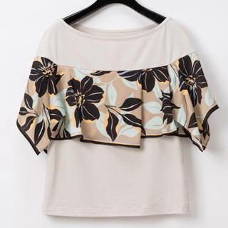グレースコンチネンタル(GRACE CONTINENTAL)のグレースコンチネンタル アシメフラワースカーフTシャツ(Tシャツ(半袖/袖なし))