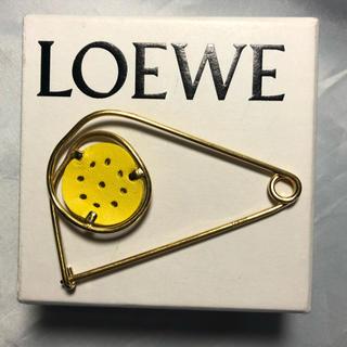 ロエベ(LOEWE)のロエベのブローチ ☆300 AB(ブローチ/コサージュ)