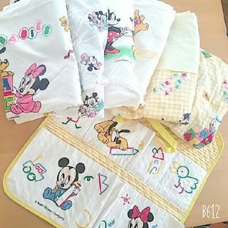ディズニー(Disney)の定価\2500 日本製 ディズニーベビー ウォールポケット ミッキーミニー(その他)