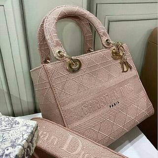 ディオール(Dior)の新作!Lady Dior カナージュ 2Way ハンドバッグ(ショルダーバッグ)