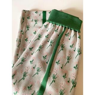 マメ(mame)の新品 ♡ mame マメ ニット パンツ グリーン size2(カジュアルパンツ)