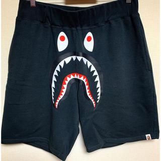 アベイシングエイプ(A BATHING APE)のbape shark pants ハーフパンツ(ショートパンツ)
