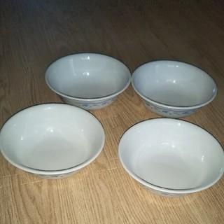 コレール(CORELLE)のコレールサラダボウル四枚新品未使用品(食器)