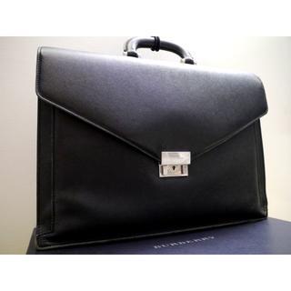 バーバリー(BURBERRY)の美品22万★バーバリー A4対応ビジネス可 サフィアーノレザー ブリーフケース黒(ビジネスバッグ)