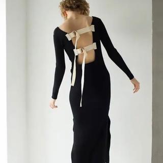 マメ(mame)のLEINWANDE back belted knit dress(ロングワンピース/マキシワンピース)