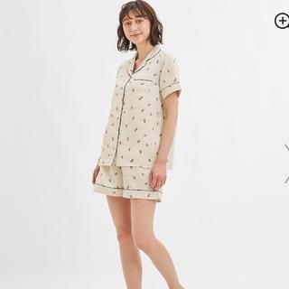 ジーユー(GU)のgu ジーユー サテンパジャマ アイスクリーム(半袖)(パジャマ)