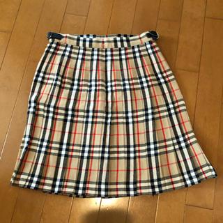 バーバリー(BURBERRY)のレディーススカート(ひざ丈スカート)