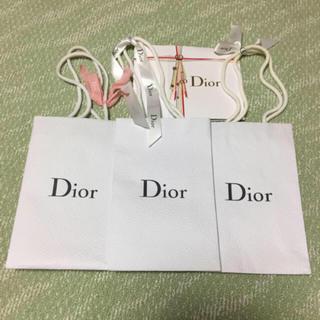 ディオール(Dior)の【匿名配送】Dior リボン付き紙袋等4点(ショップ袋)