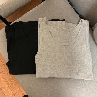 ユニクロ(UNIQLO)のユニクロ タンクトップ メンズ2枚(黒、Mサイズ・グレー、Lサイズ)(タンクトップ)