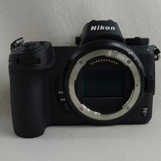 Nikon - 美品 NIKON Z7 ボディ