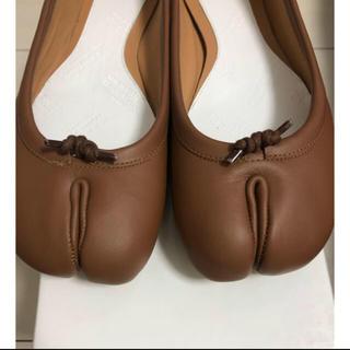 マルタンマルジェラ(Maison Martin Margiela)の新品同様 マルジェラ足袋バレエシューズ ブラウン(バレエシューズ)