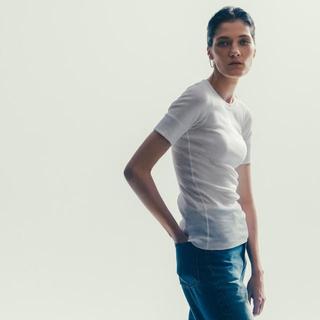 ハイク(HYKE)の【ハイク エヌハリウッド ビジョナリウム スリー】限定 HYKE Tシャツ(Tシャツ(半袖/袖なし))