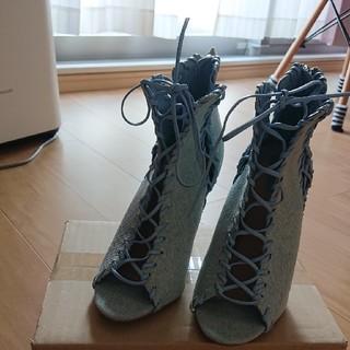 フォーエバートゥエンティーワン(FOREVER 21)のフォーエバー21 夏ブーツ  編み上げ 24センチ(ブーツ)