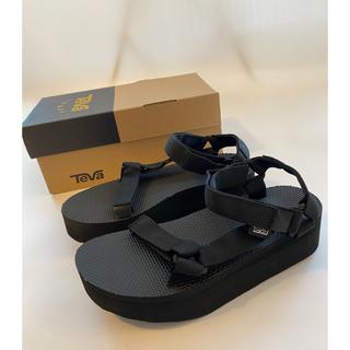 テバ(Teva)の【23.0cm】新品Teva flatform サンダル レディース ブラック(サンダル)