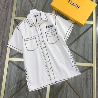 フェンディ(FENDI)の新作コラボ FENDI x ジョシュア・ヴィーダス コットンシャツ(シャツ)