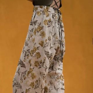 マメ(mame)のERIKO KATORI フラワー刺繍 パンツ malionvintage(カジュアルパンツ)