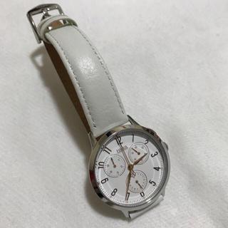 フォッシル(FOSSIL)のフォッシル 腕時計 ホワイト(腕時計)