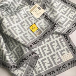 フェンディ(FENDI)のフェンディ シルク混スカーフ Z ★新品未使用★(バンダナ/スカーフ)