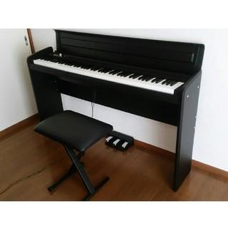 コルグ(KORG)のKORG 88鍵 電子 ピアノ LP-180 ブラック ペダル 椅子付き(電子ピアノ)