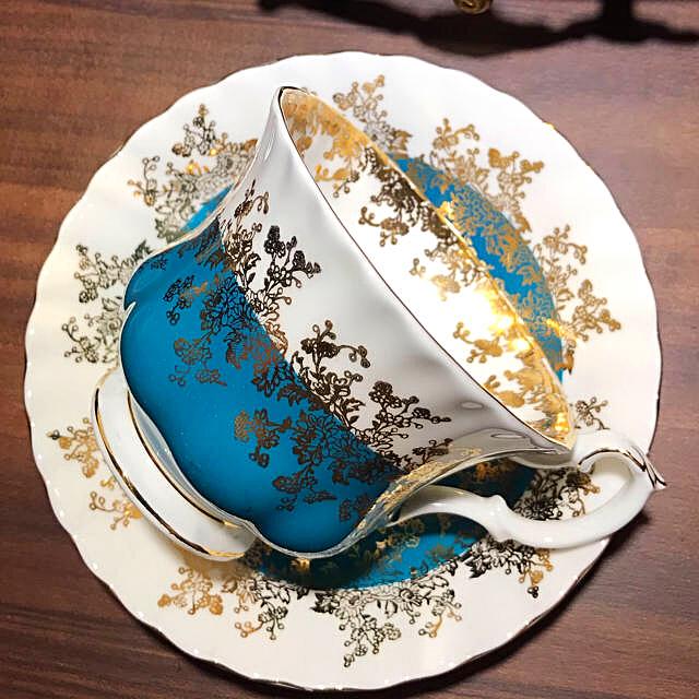 ROYAL ALBERT(ロイヤルアルバート)のロイヤルアルバート リーガル カップ&ソーサー インテリア/住まい/日用品のキッチン/食器(グラス/カップ)の商品写真