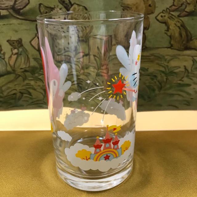 ハローキティ(ハローキティ)のハローキティとマイメロディのグラス 送料込 インテリア/住まい/日用品のキッチン/食器(グラス/カップ)の商品写真