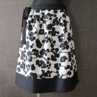 トゥービーシック(TO BE CHIC)のTO BE CHIC トゥービーシック スカート 42 日本製 三陽商会 美品(ひざ丈スカート)