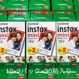 フジフイルム(富士フイルム)の富士フイルム instax mini 10×2パック×30 新品未開封 おまけ付(フィルムカメラ)